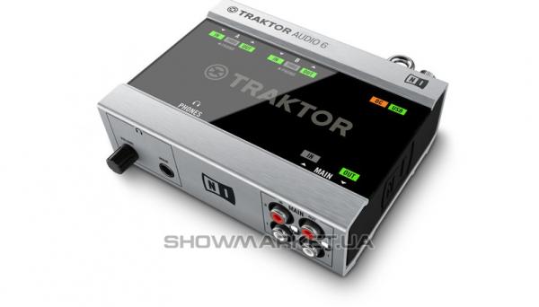 Фото Аудио интерфейс DVS система - Native Instruments Traktor Scratch A6 L