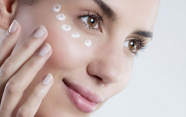 Косметика для кожи вокруг глаз