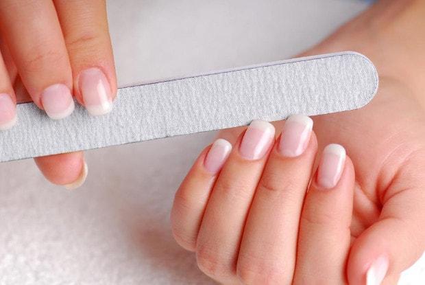 Аксессуары по уходу за ногтями