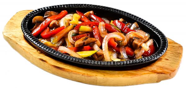 Фото Горячая сковородка с овощами