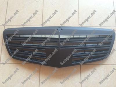 Фото Акция! Решетка радиатора (черная матовая) Mercedes W221