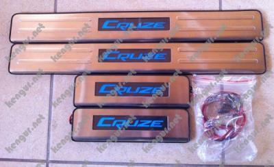 Фото Хром накладки на пороги с подсветкой Chevrolet Cruze