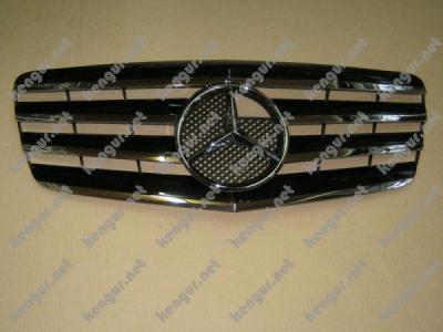 Фото Решетка радиатора Mercedes Benz E Class W211 (2007-2010)