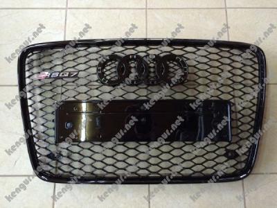 Фото Решетка радиатора RS на AUDI Q7 (черная с черной окантовкой)