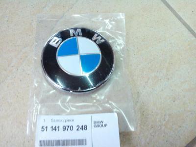 Фото BMW эмблема крышки багажника 51141970248