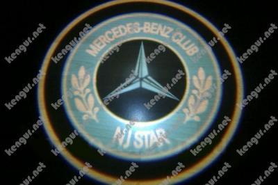 Фото Лазерная подсветка дверей с логотипом на Mercedes Vito