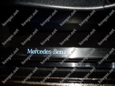 Фото Накладки на пороги  с неоновой подсветкой Mercedes-Benz GL-Class X164