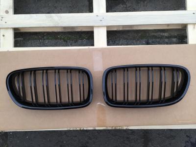 Фото Решетка (ноздри) BMW F10 / F11 стиль М5 (черная) 51712165539, 51712165528
