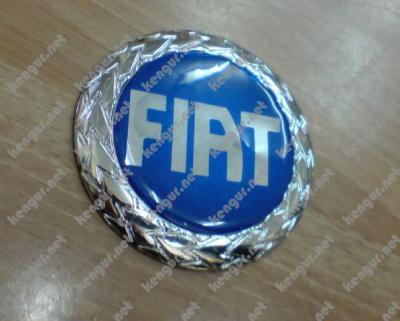 Фото Значок  Fiat  d=73mm