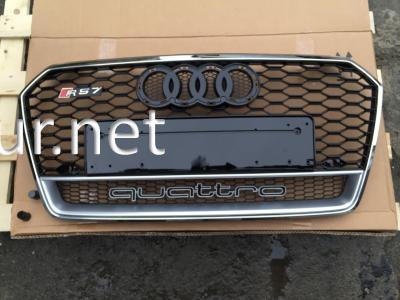 Фото Решетка радиатора Audi A4 стиль RS4 хром окантовка-черная решетка 2016+ QUATTRO