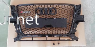 Фото Решетка радиатора Audi Q5 стиль RSQ5 Black (2008-2011)