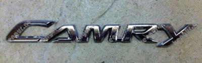 Фото Надпись  Camry  Toyota Camry
