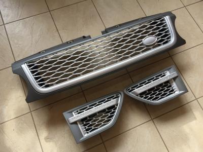 Фото Решетка радиатора и жабры Range Rover Sport (2009-2013) Серая, хром решетка