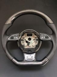 Руль карбоновый в стиле S-line на Audi A4 (2012-...)