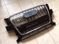Решетка радиатора Quattro на Audi Q5 8R0853651ABT94