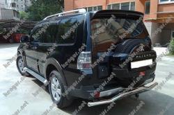 Спойлер Mitsubishi Pajero Wagon MR651253