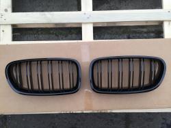 Решетка (ноздри) BMW F10 / F11 стиль М5 (черная) 51712165539, 51712165528