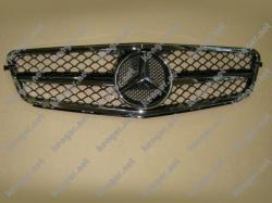 Решетка радиатора Mercedes С-class W204
