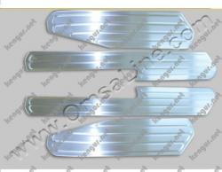 Хром накладки на внутрение пороги Volkswagen Amarok (нерж.) 4 шт. 7535094
