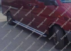 Пороги боковые Mercedes Sprinter (труба с листом) средняя база