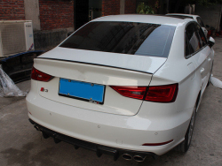 Спойлер на крышку багажника S3  Audi A3