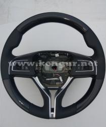 Руль карбоновый на  Maserati Quattroporte