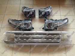 Решетка радиатора и комплект оптики на Toyota FJ Cruiser