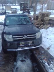 Защитная дуга по бамперу  Mitsubishi Pajero Wagon IV  одинарная с зубами