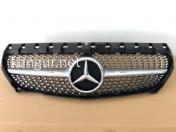 Решетка радиатора Diamond Silver Grille Mercedes CLA W117 2014-2016