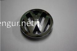 Эмблема в решетку радиатора VW Passat B6 2005-2010