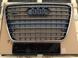 Решетка радиатора D-4 W12 (с Night Vision) на Audi A8 2011-2014 4H0 853 651