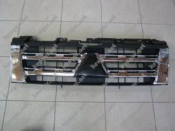 Решетка радиатора Mitsubishi Pajero Wagon IV (2012-...) 7450A825