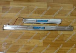 Накладки на пороги Toyota Prado120 (с подсветкой)