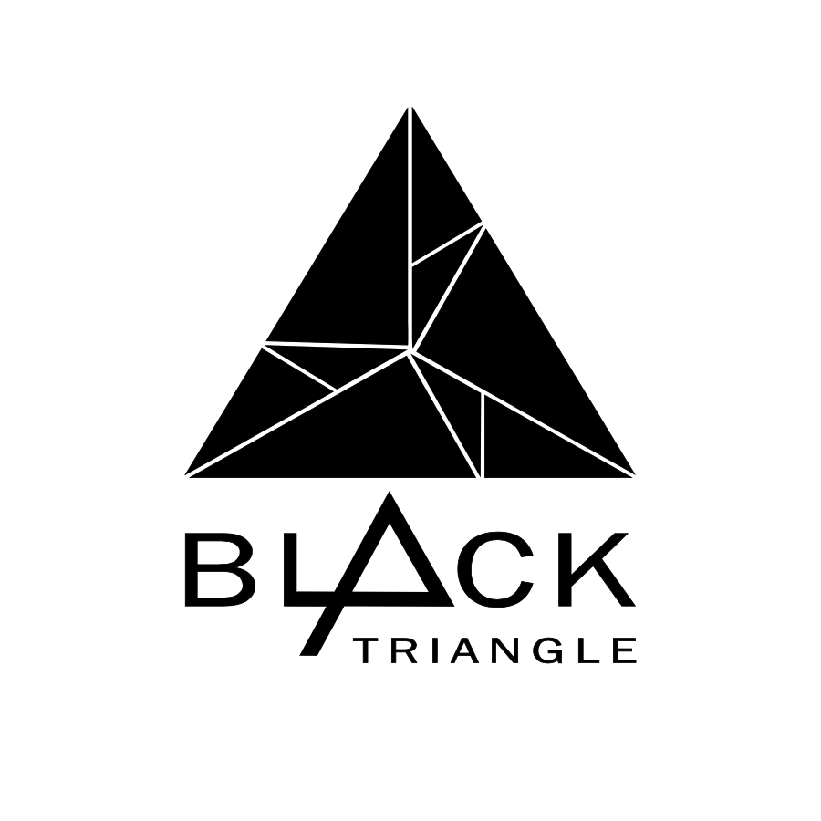 Фото Black Triangle
