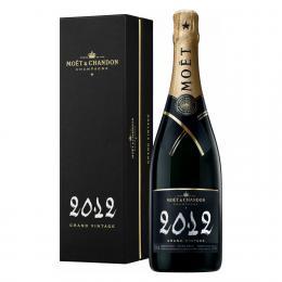 Шампанское Moet & Chandon Grand Vintage 2012 Brut 0,75 л. белое брют в подарочной упаковке