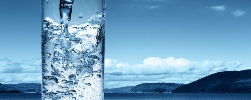 Фото Как правильно пить воду в течение дня?웃