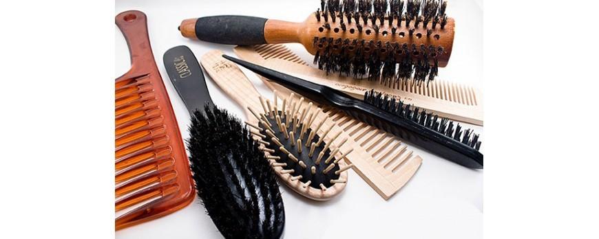 Фото Как правильно расчесывать волосы?☸Как подобрать расческу для волос?☸