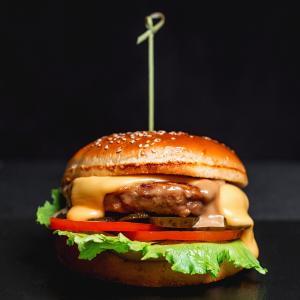 Чикен Чизи бургер