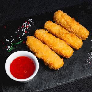 Сыр фри с остро-сладким Чили