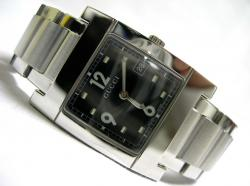 Женские часы Gucci 7705M-17735-BLK-STEEL-BRACELET